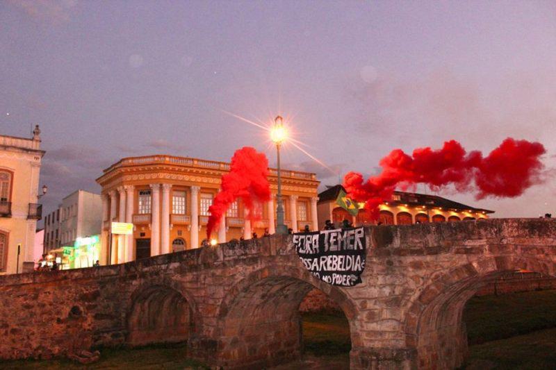 protesto-sao-joao-del-rei
